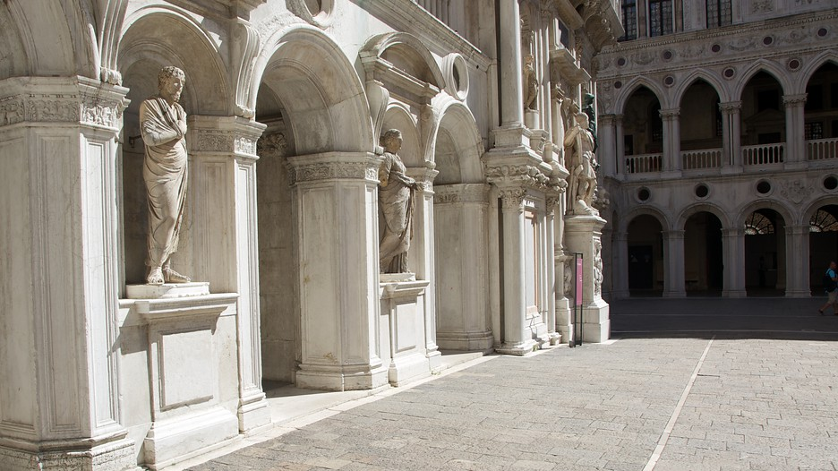 ドゥカーレ宮殿の画像 p1_27