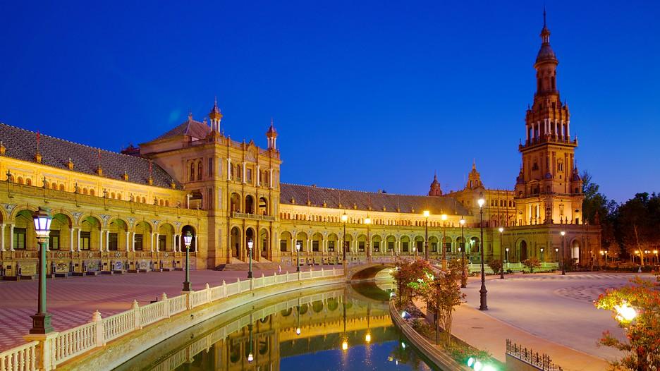 Plaza de Espana in Seville,  Expedia