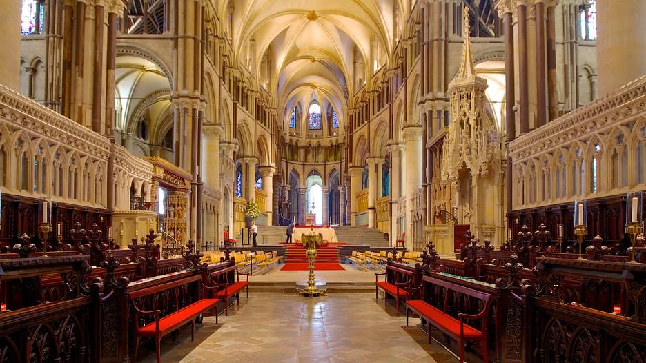 Les grands pèlerinages chrétiens à partir de l`Angleterre au Moyen-Âge - Canterbury -Terre-Sainte - Rome - Compostelle Canterbury-Cathedral-55714