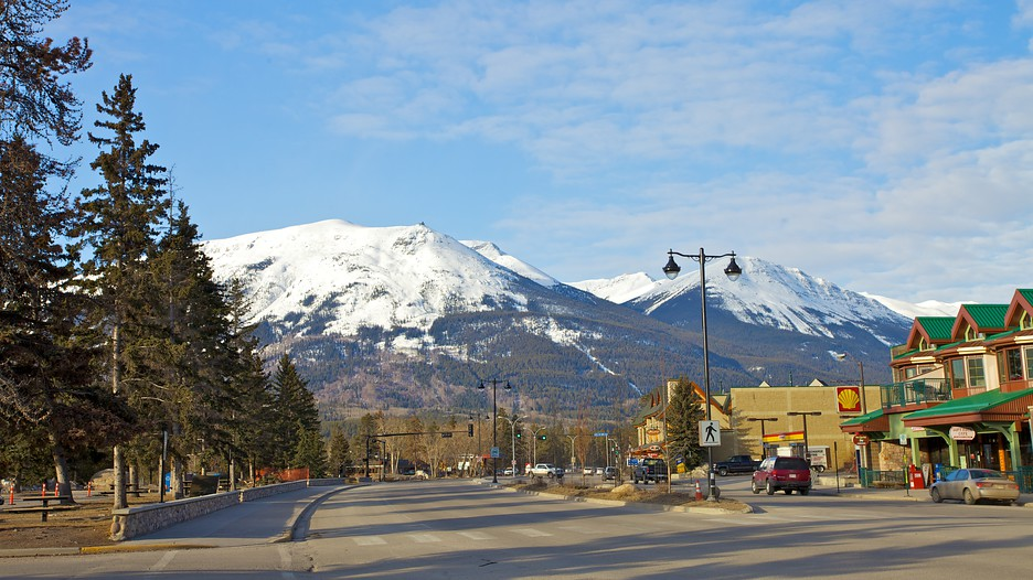 Cheap Hotels In Jasper Canada