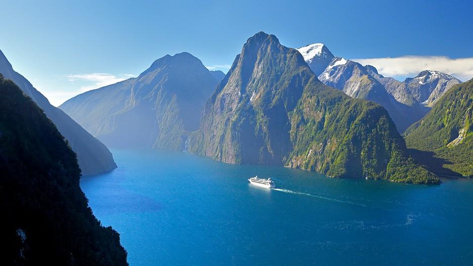 Fiordland National Park Holidays Cheap Fiordland National