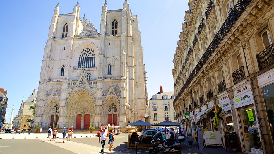 Booking Nantes Hotel