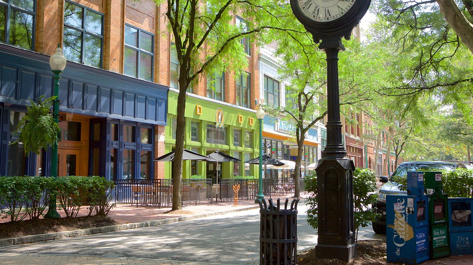 The best charleston vacation packages 2017 save up to for Capital city arts and crafts show charleston wv