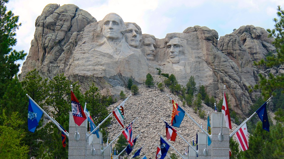 Best Hotels Close To Mount Rushmore