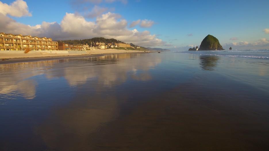 Cannon Beach In Portland Oregon Expedia Ca