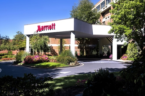 See All Hotels Near Bridgeport Trumbull Marriott Shelton