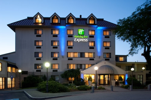 Holiday Inn Express Boston - Waltham