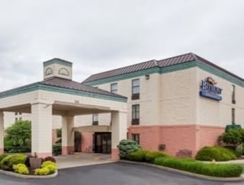 Baymont Inn and Suites Lafayette