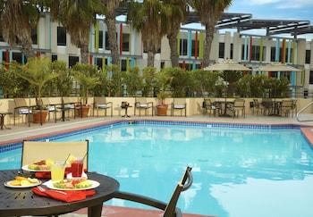 聖莫尼卡希爾頓逸林飯店