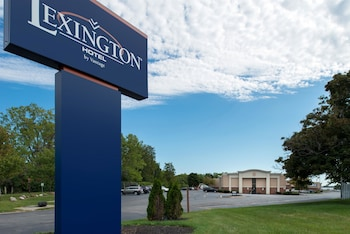 Lexington Hotel Rochester Airport