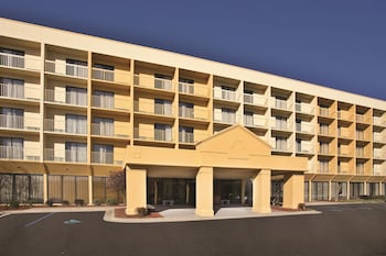 La Quinta Inn & Suites Kingsport Tri-Cities Airport