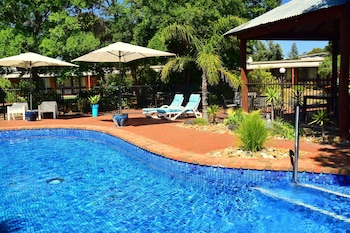 River Country Inn - Adult Retreat