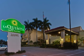 La Quinta Inn & Suites Ft. Myers - Sanibel Gateway