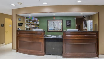 Studios and Suites 4 Less Western Branch