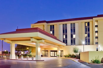 La Quinta Inn & Suites Memphis Airport/Graceland Area