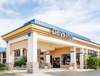 Days Inn Hendersonville NC