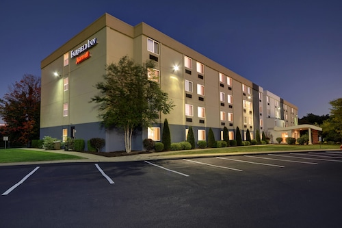 fairfield inn by marriott wallingford - Hilton Garden Inn Wallingford Ct