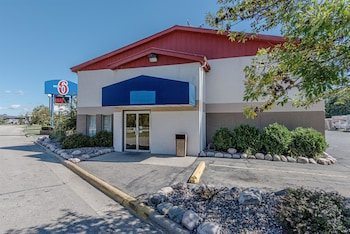 Motel 6 La Crosse, WI
