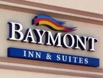 Baymont Inn and Suites Paris