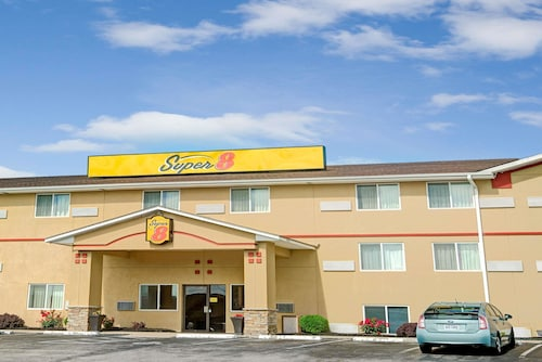 Super 8 by Wyndham Independence Kansas City