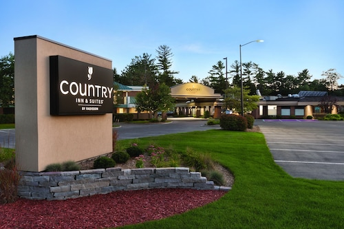 Country Inn Suites By Radisson Traverse City Mi