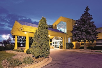 La Quinta Inn & Suites Appleton-College Avenue