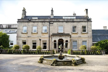 Charlton House Spa Hotel