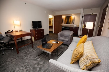 Courtyard by Marriott Cincinnati Airport