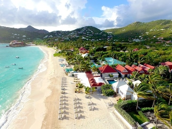 Tom Beach Hotel
