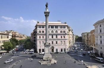 Mecenate Palace