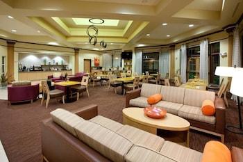 La Quinta Inn & Suites Alexandria Airport