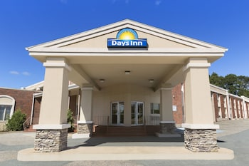 Days Inn and Conference Center - Bridgewater