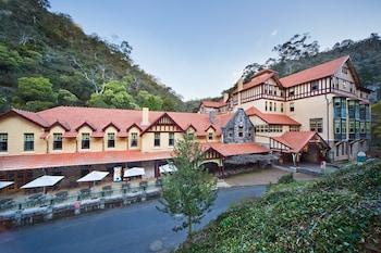 Jenolan Caves House