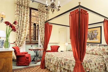 Grand Hotel Continental Siena – Starhotels Collezione