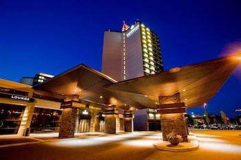 Sandman Signature Vancouver Airport Hotel & Resort