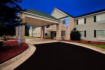 Kilmarnock Hotel & Suites