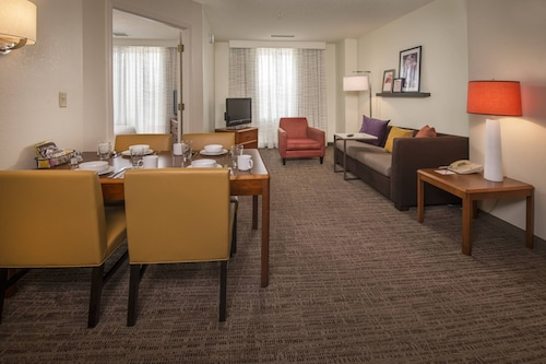 Residence Inn Alexandria Old Town/Duke Street by Marriott