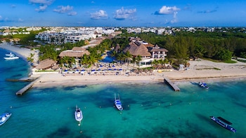 The Reef Coco Beach Resort - All Inclusive