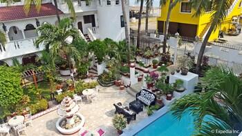 White Castle Resort & Hotel