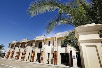 Aquarius Apartments and Cabins