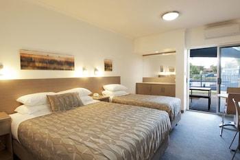 Loxton Community Hotel Motel