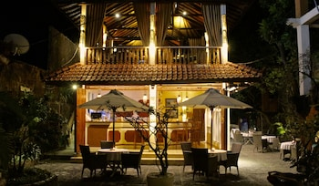 Chonos Hotel