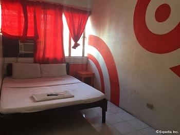 Dormitels Bacolod - Hostel