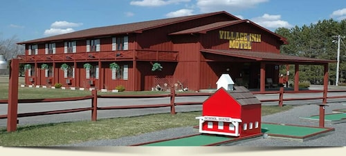 Canaan Village Inn