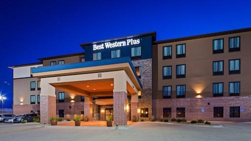 Best Western Plus Lincoln Inn Suites