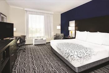 La Quinta Inn & Suites Odessa North Sienna Tower