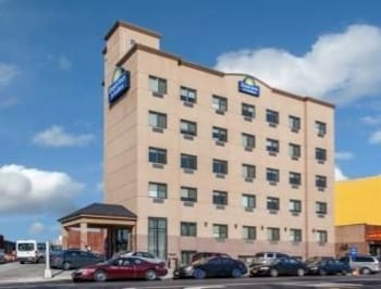 Days Inn & Suites Jamaica JFK Airport