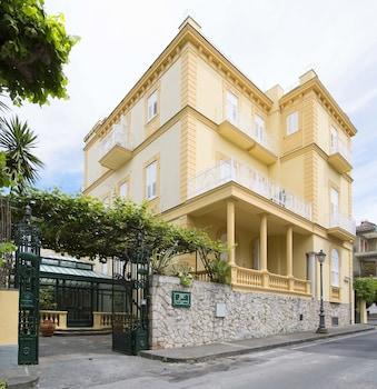 Hotel Crawford