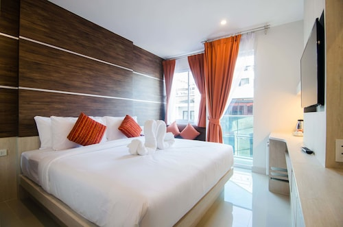 Elegancy Bangla Hotel