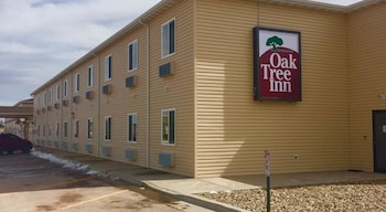 Oak Tree Inn Gillette